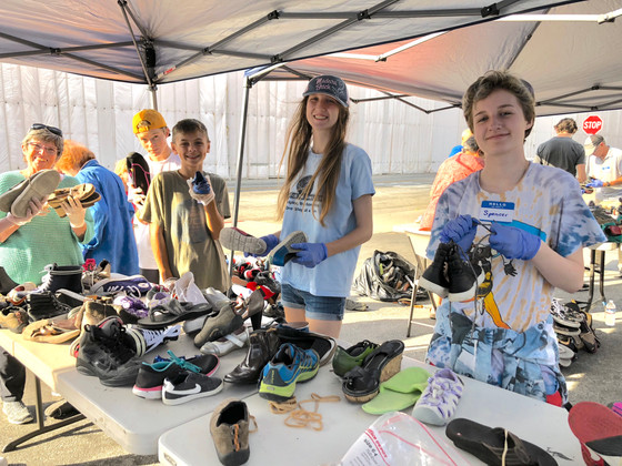 Shoe Processing on Sunday – We found not one, but three!