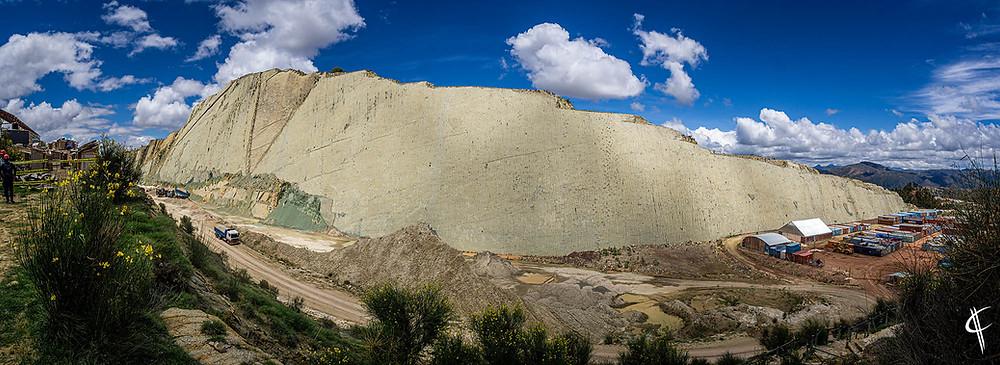 Dinosaur Footprint Wall, Parque Cretácico, Sucre