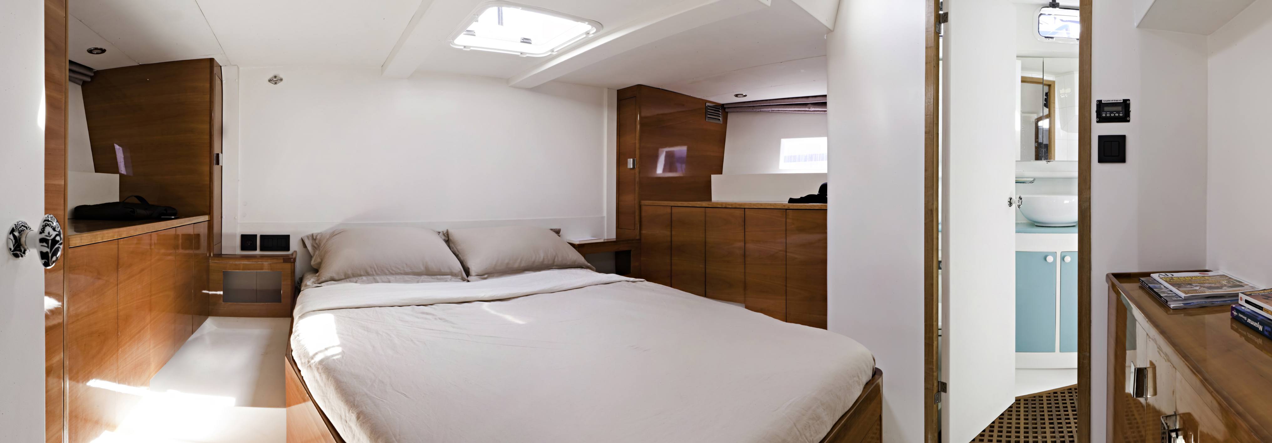 Large aft master suite