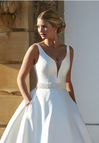 Romantica Bridal Wear