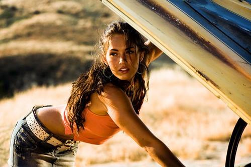 Megan Fox celebrity actress on keto diet