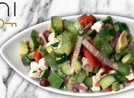 low carb : avocado greek salad