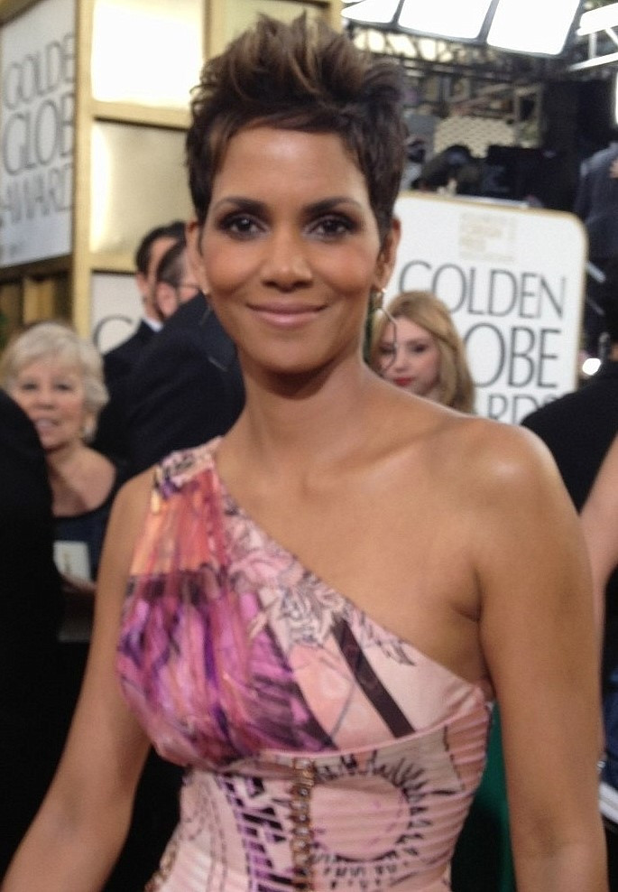 Halle Berry celebrity actress on keto diet