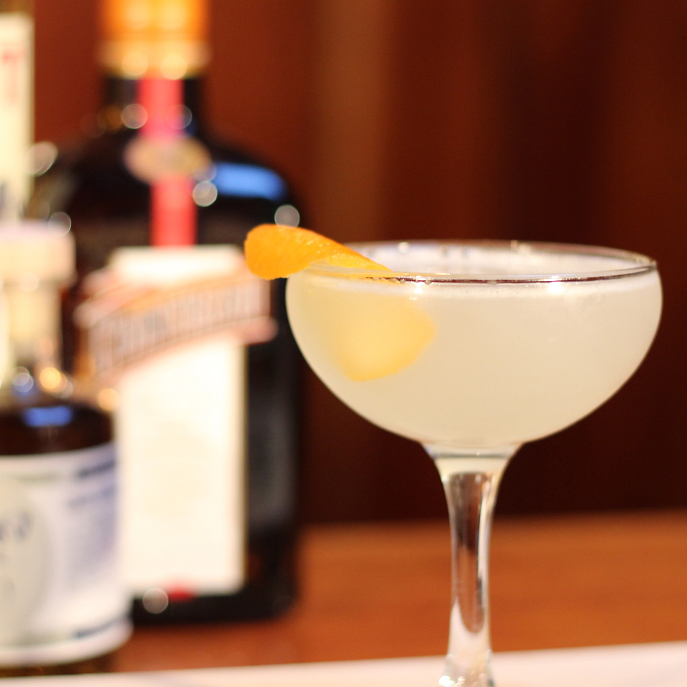 5 Keto Cocktails You Have to Try: THE CORPSE REVIVER #2