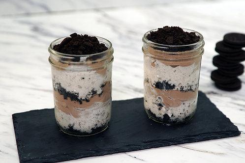 niKETO OREO Dirt Cake