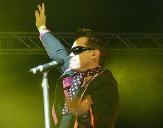 Hire Robbie Willams Tributes, Book  Robbie Williams Tribute
