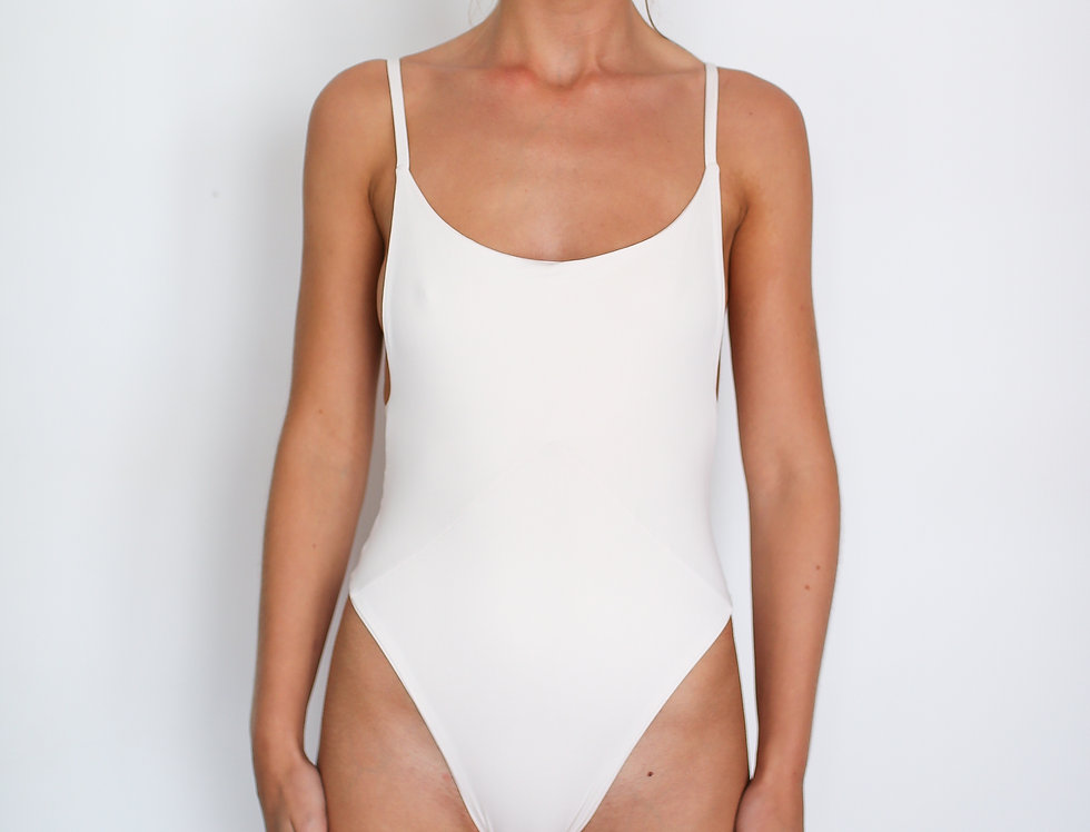INDAH ONE PIECE WHITE