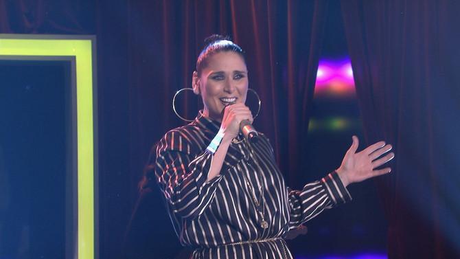 El espectáculo llegó este sábado a Bamboleo con la potencia de voz de Rosa López y la música tradici