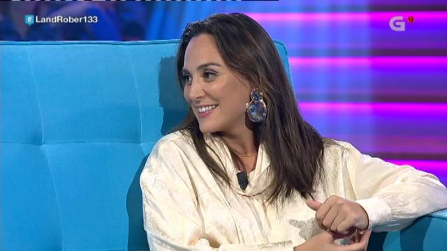 Tamara Falcó llega a Land Rober para sorprenderse con los sketchs humorísticos del programa