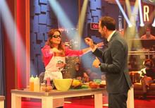 Baile, cocina y mucho humor en Land Rober con Mar Saura, Teresa Abalde y Víctor Fábregas