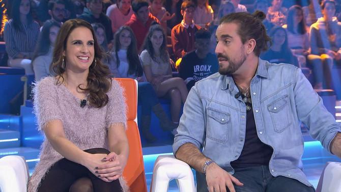 El cantautor ferrolano Andrés Suárez y Nuria Fergó demostraron su arte sobre el escenario de Bambole