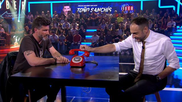 Toño Sanchís vino ayer a divertirse a Land Rober, que rozó el 18% de audiencia, directo de sus vacac
