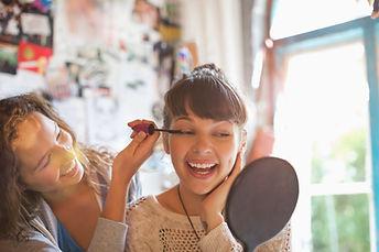 cours de maquillage, cours d'auto-maquillage, atelier maquillage, evjf, cours de maquillage à domicile