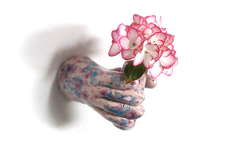 Plant a hand pink
