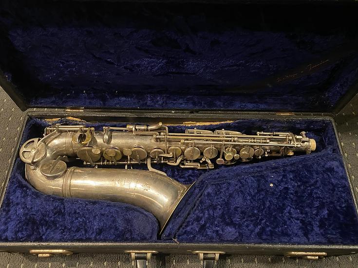C. 1940 Cousenon & cie, Paris Eb Alto Saxophone