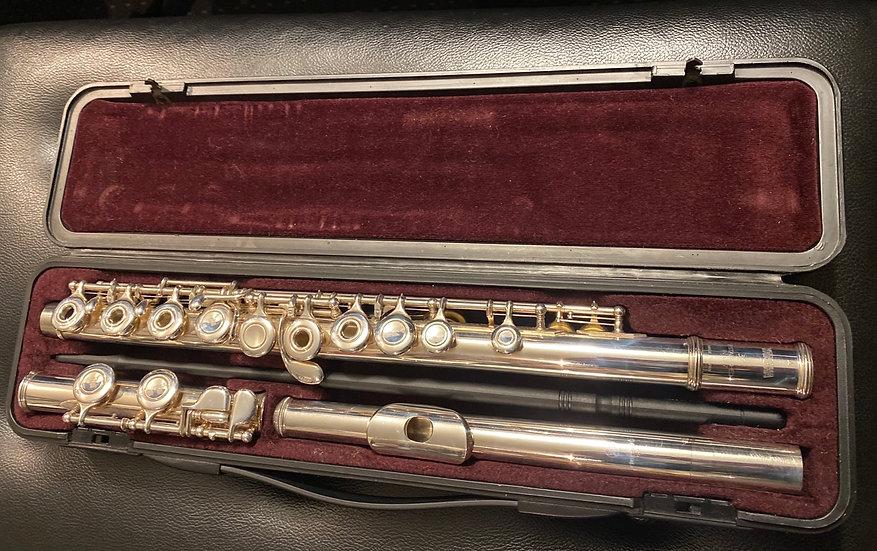 Yamaha YFL-371 Intermediate Flute - solid silver head