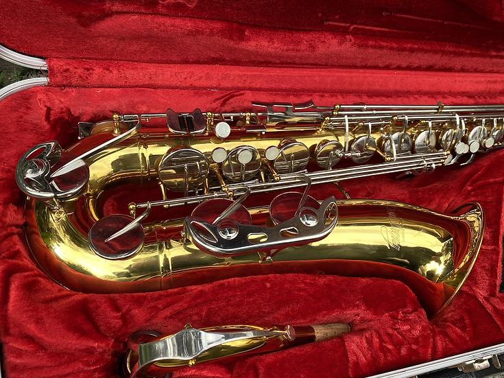 Armstrong Bb Tenor Saxophone
