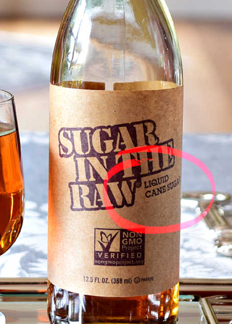Whats is liquid cane sugar | Liquid cane sugar is made by dissolving raw cane sugar in water, and then heating it up, or treating it with an acid (or the enzyme invertase) to produce a clear, golden color syrup. Also referred to as golden syrup, invert syrup, inverted syrup, or simply 'invert'. It is a medium invert syrup that contains approx 80 percent sugars, being 30-40 sucrose, and 50 invert sugar (25 fructose, 25 glucose).