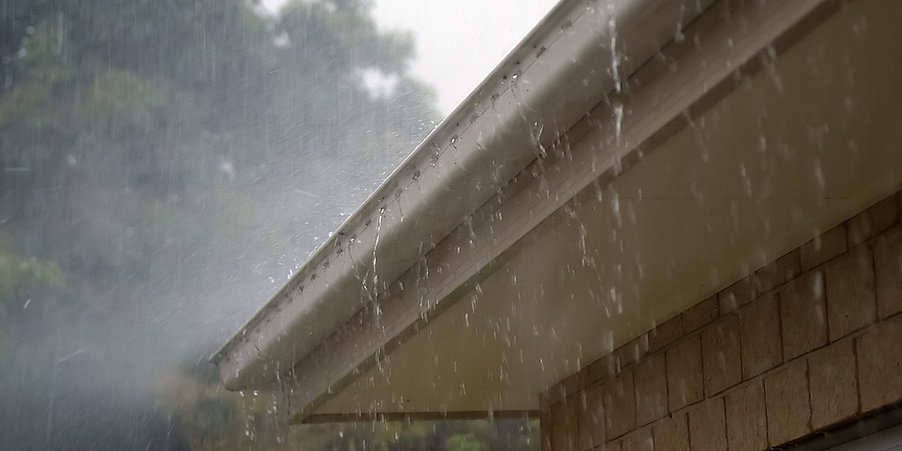 Overflowing gutter - Tips for taking care of your gutters