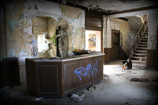 YMCA_vandalized.jpg