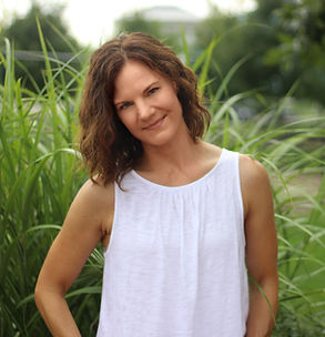 Becky Muldoon Plant-based Health Coach for Teens & Women