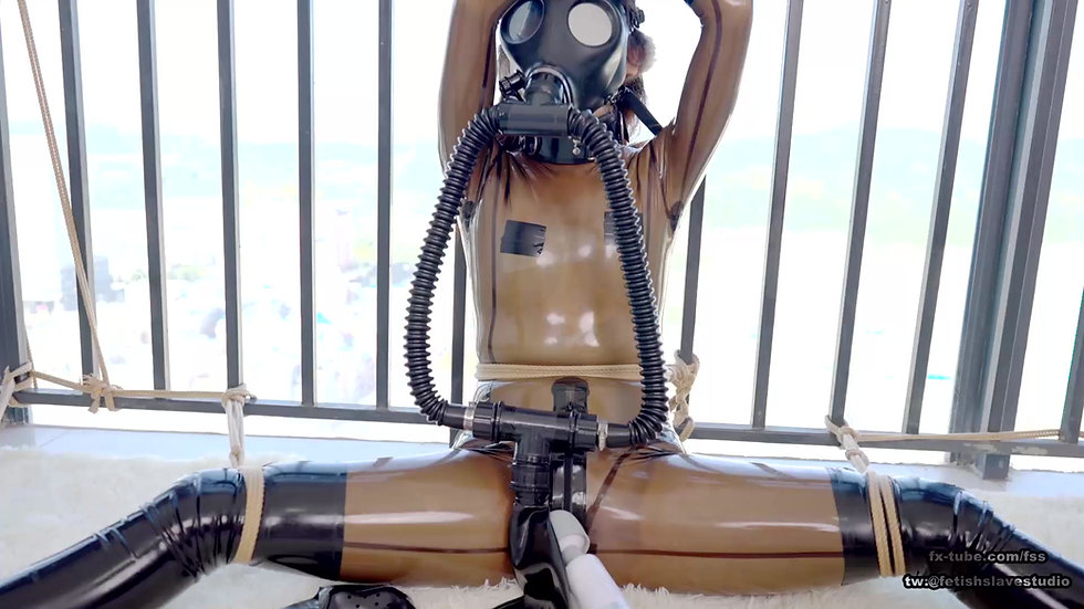 [DOVE] Rope bondage and gas mask breathplay