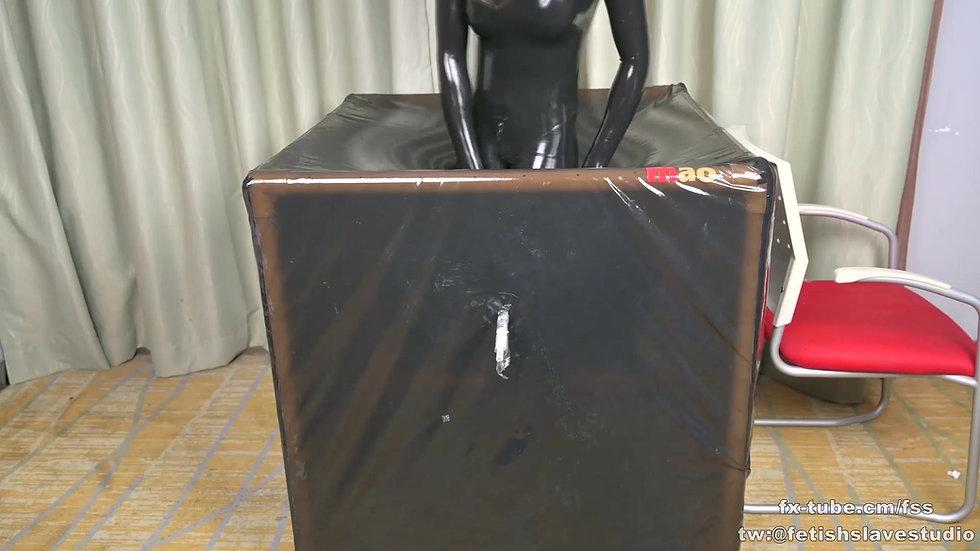 [KIKI] Latex vacuum box heavy rubber femdom