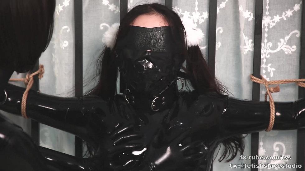 Latex lesbian hood breathplay and bondage