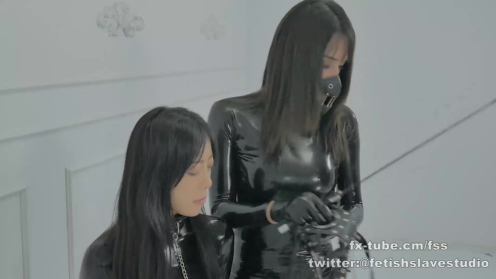 Latex Mistress femdom salve girl END