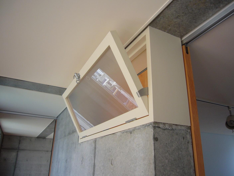 風通しのための木製建具