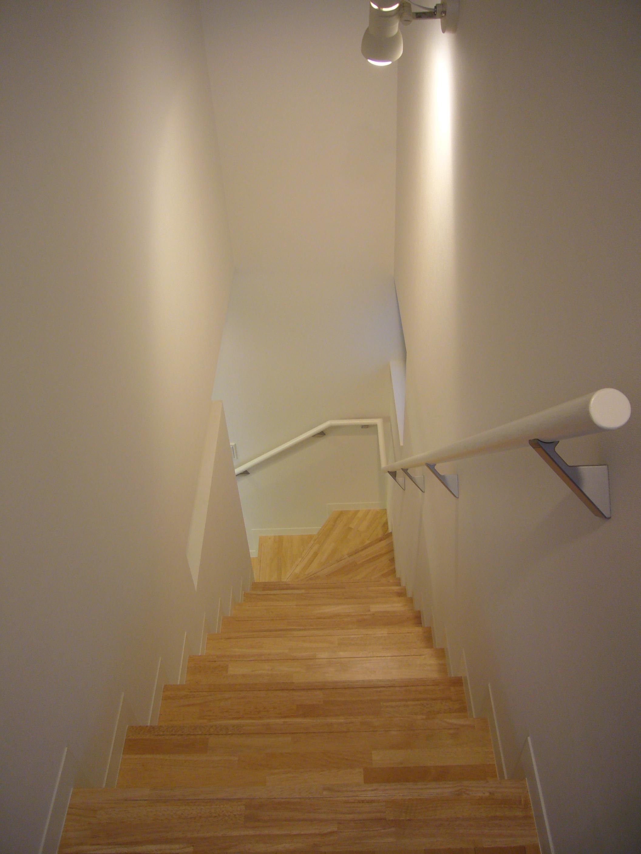 2階から3階の階段