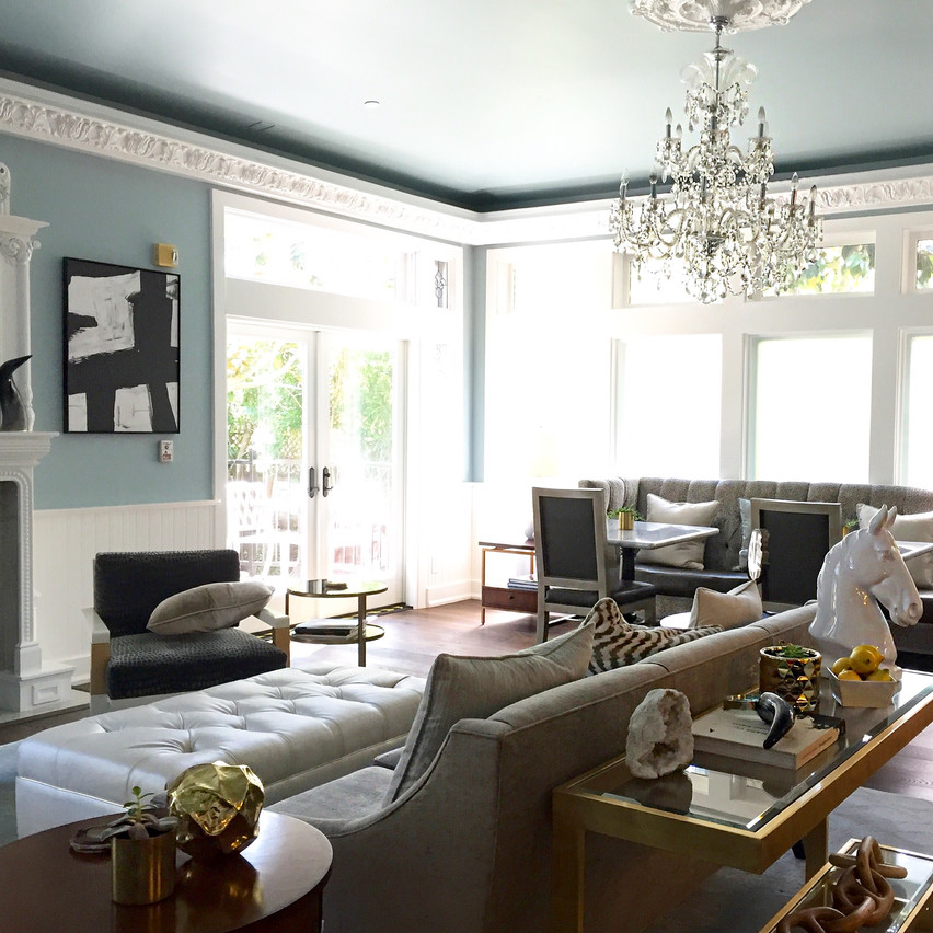 White House Inn - Living + Dining