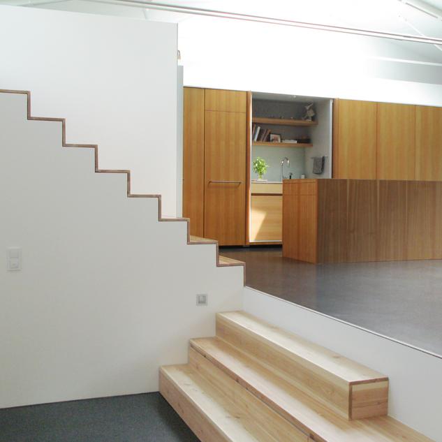 Individueller Inneanusbau von Maisonette-Wohnungen in Berlin