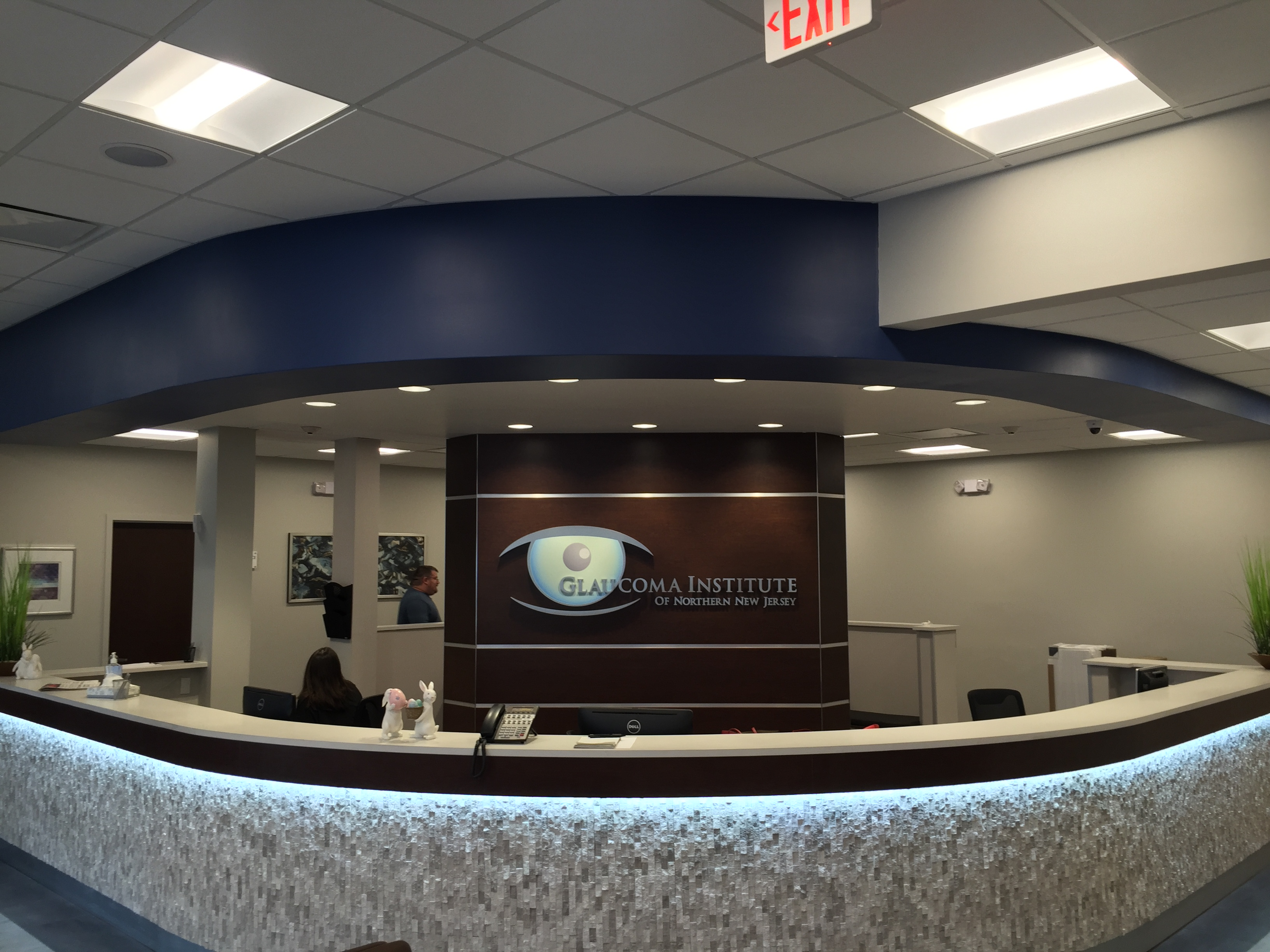 Glaucoma Institute - Reception Desk