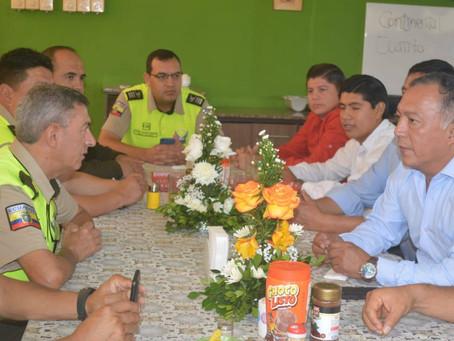 Desayuno con la Policía Nacional