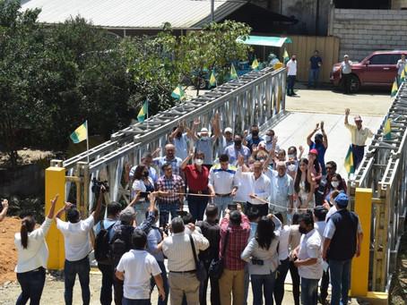 Prefectura y alcaldía inauguraron puente Bailey en Balsas