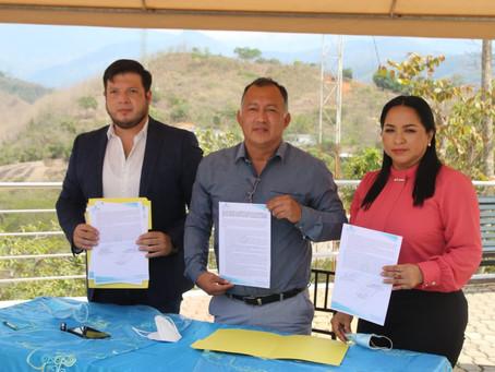 Prefectura de El Oro y Alcaldía firmaron convenio con Ecoparkmining, empresa encargada del proyecto