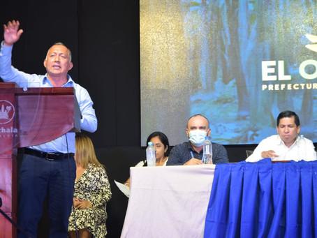 Prefecto y alcalde inauguran obra vial en Machala