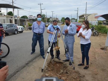 En marcha ampliación de vía a Puerto Jelí