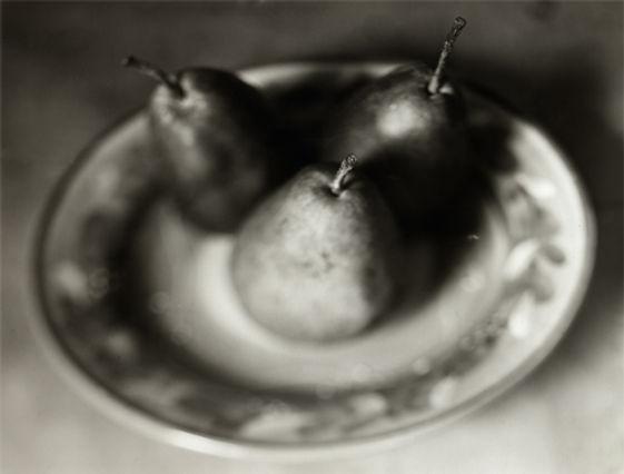 112805033-pearsprint.jpg