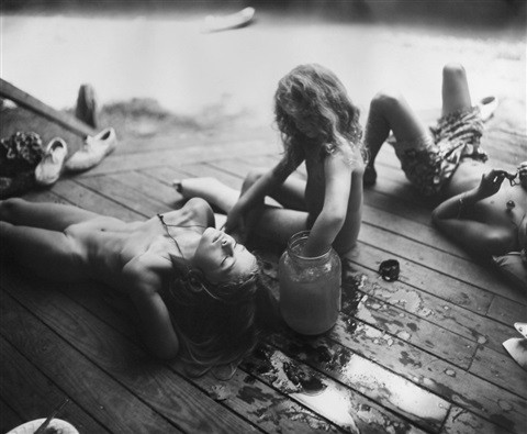 sally-mann-listening-to-madonna-by-the-t