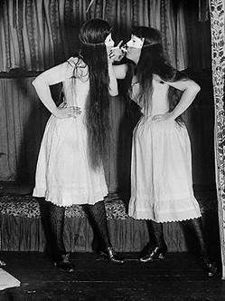 Alice_Austen_Trude_and_I_Masked.jpg