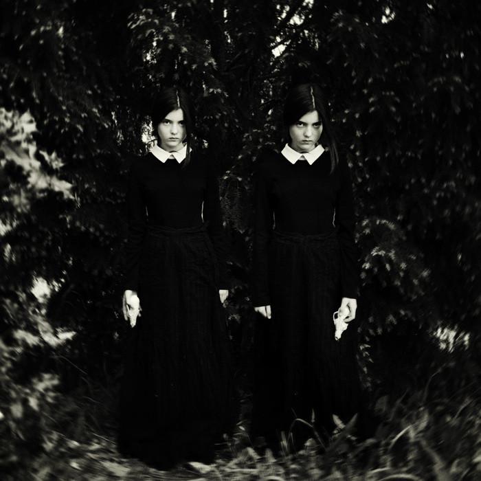 Sisters_700.jpg