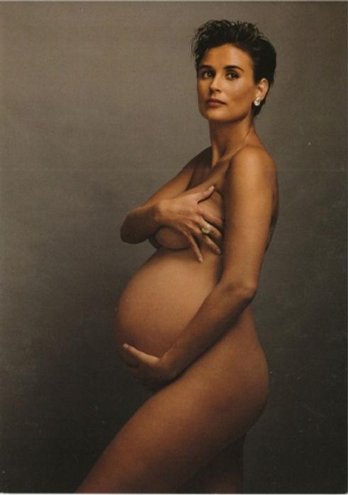 Demi-Moore-by-Annie-Leibovitz-.jpg