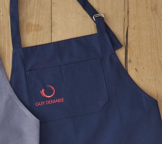 tablier-de-cuisine-bleu.jpg