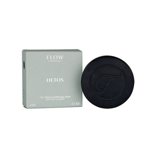 Detox - Teebaum & Holzkohle Gesichtsreiniger