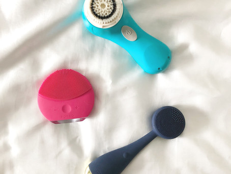 Best Face Cleansing Brush - Foreo, Clarisonic or PMD?