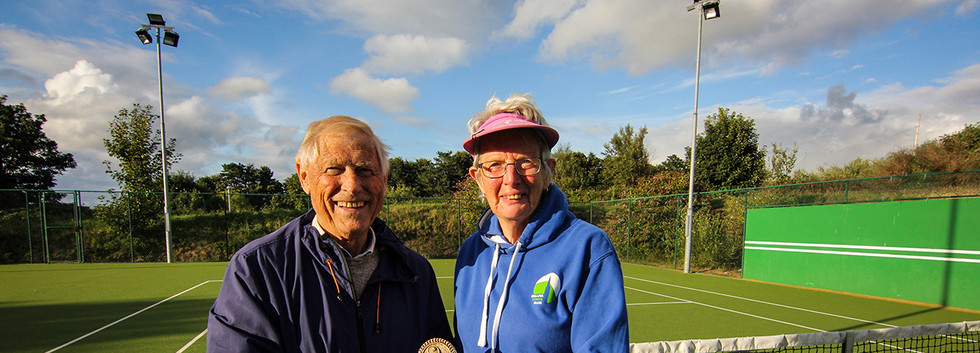 On the 9th August 2018 Matt Farrell presented for the first time, the Matt Farrell Perpetual Cup to John Valerio and his team, the winners of the league.