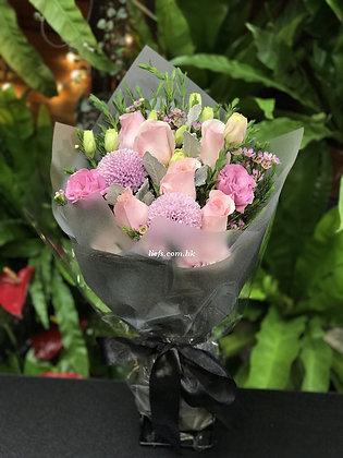 R96-玫瑰+配襯花