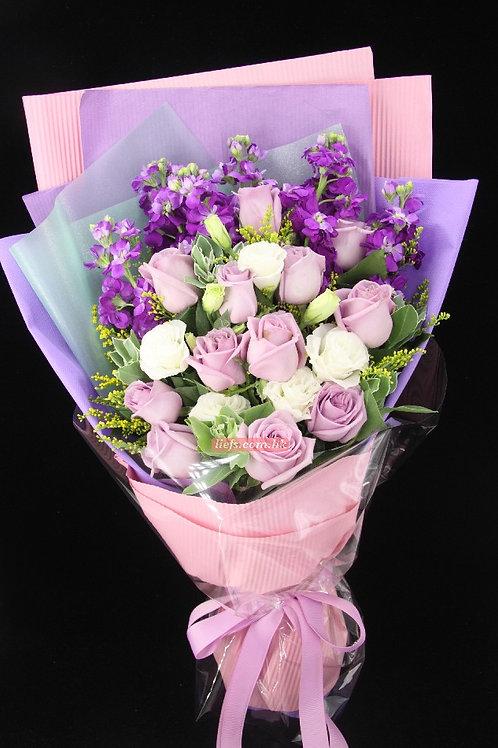 GR08-12支紫玫瑰+射香+襯花